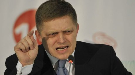 """Angry Fico says """"NIE!"""""""