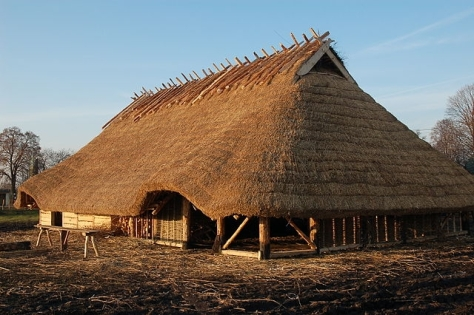 reconstruction-of-a-wielbark-culture-goths-house-from-the-2nd-to-3rd-century-ad-in-hrubieszow-near-lublin-on-the-polish-ukrainian-border